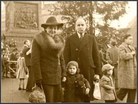 Trafalgar Square, 1947